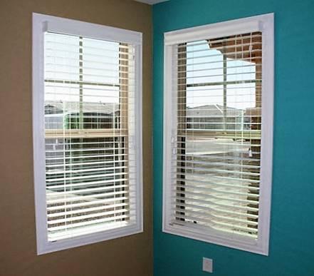 Deco Frame Design Center Blinds